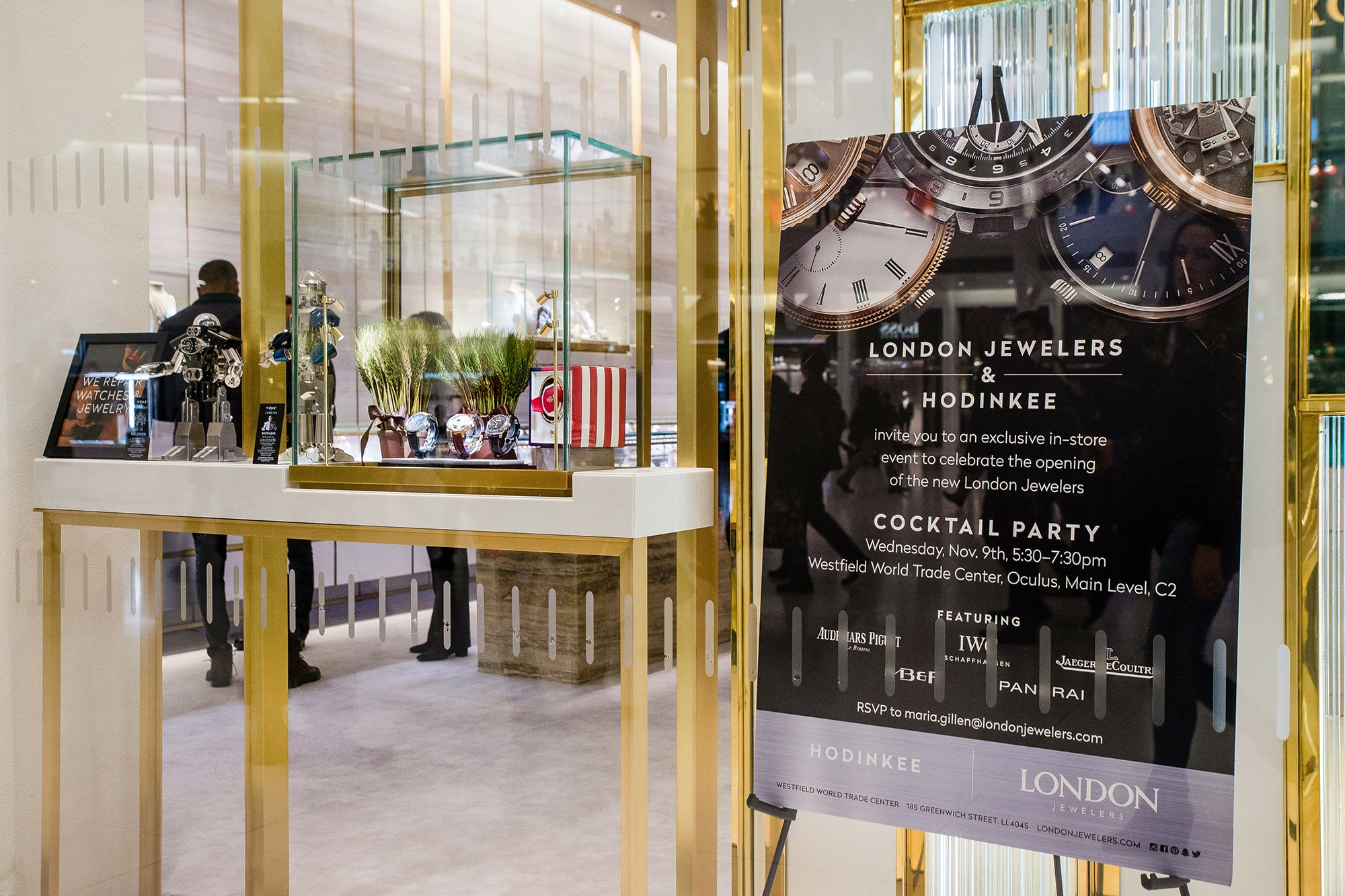 Photo Report: HODINKEE Celebrates London Jewelers' New Store In New York City's Oculus Photo Report: HODINKEE Celebrates London Jewelers' New Store In New York City's Oculus 20161109 LondonJewelersxHodinkee 033