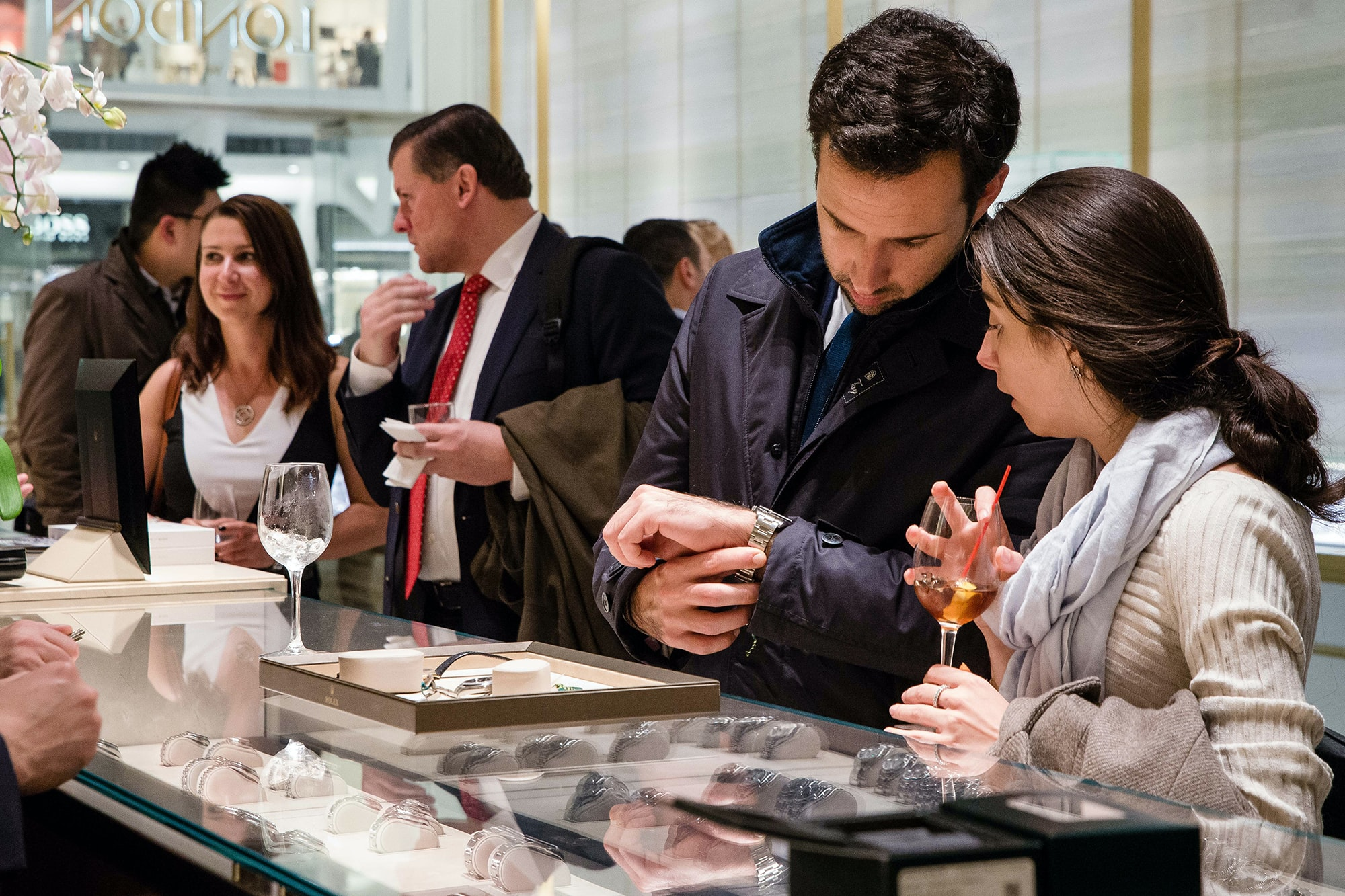 Photo Report: HODINKEE Celebrates London Jewelers' New Store In New York City's Oculus Photo Report: HODINKEE Celebrates London Jewelers' New Store In New York City's Oculus 20161109 LondonJewelersxHodinkee 092