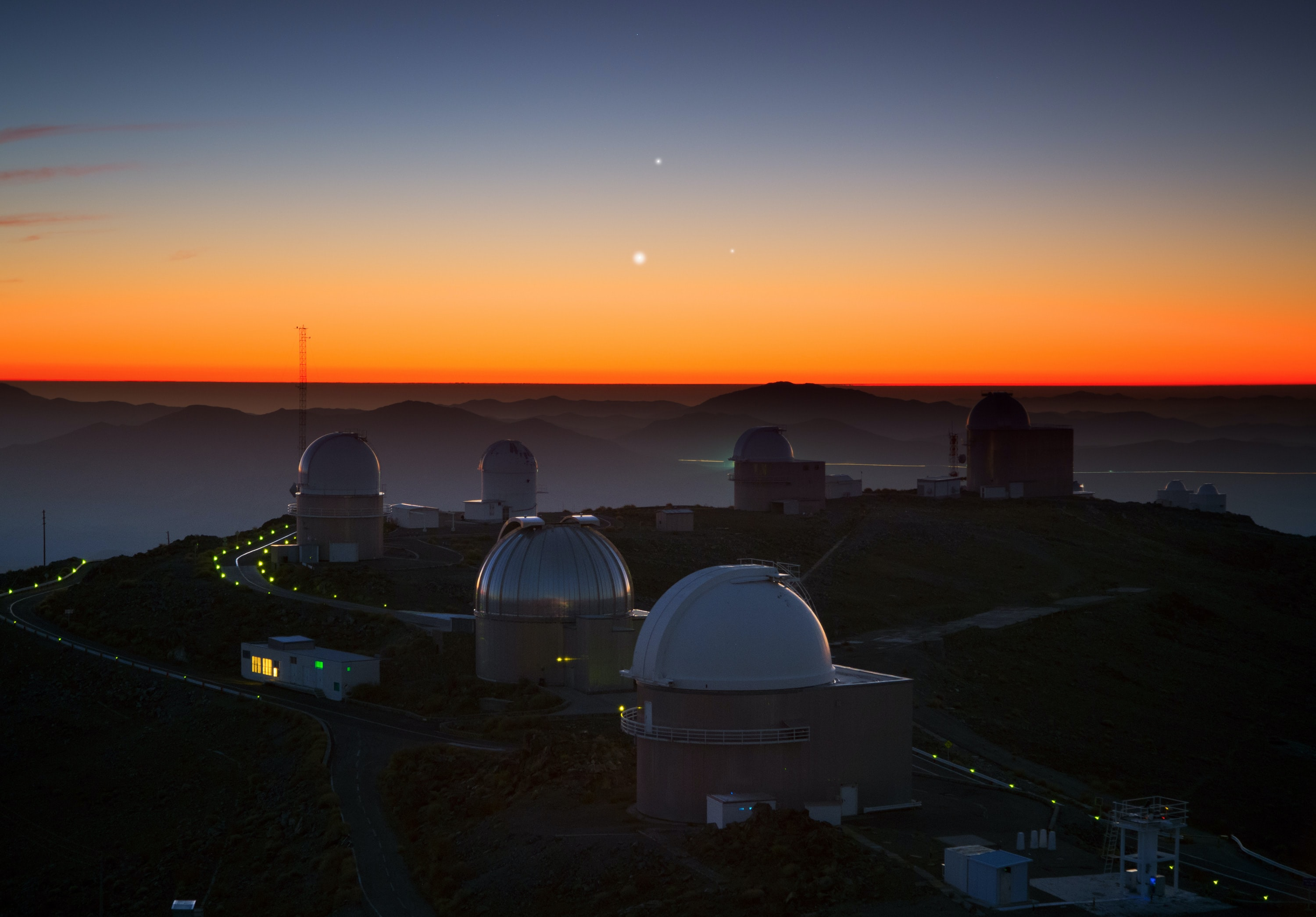 syzygy The Supermoon: What It Is, Why It Is (And Maybe A New Complication, Why Not?) The Supermoon: What It Is, Why It Is (And Maybe A New Complication, Why Not?) Three Planets Dance Over La Silla