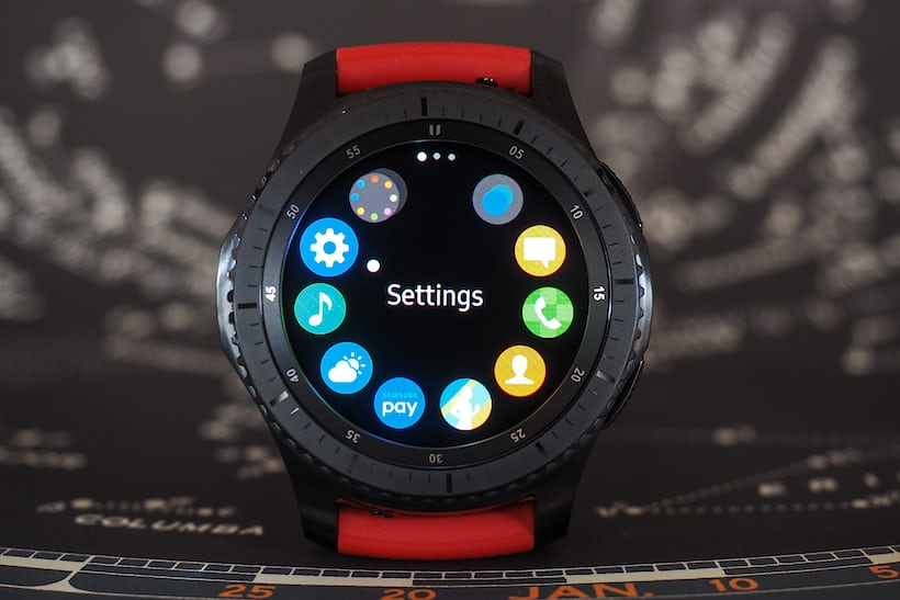 The Samsung Gear S3 bezel controller