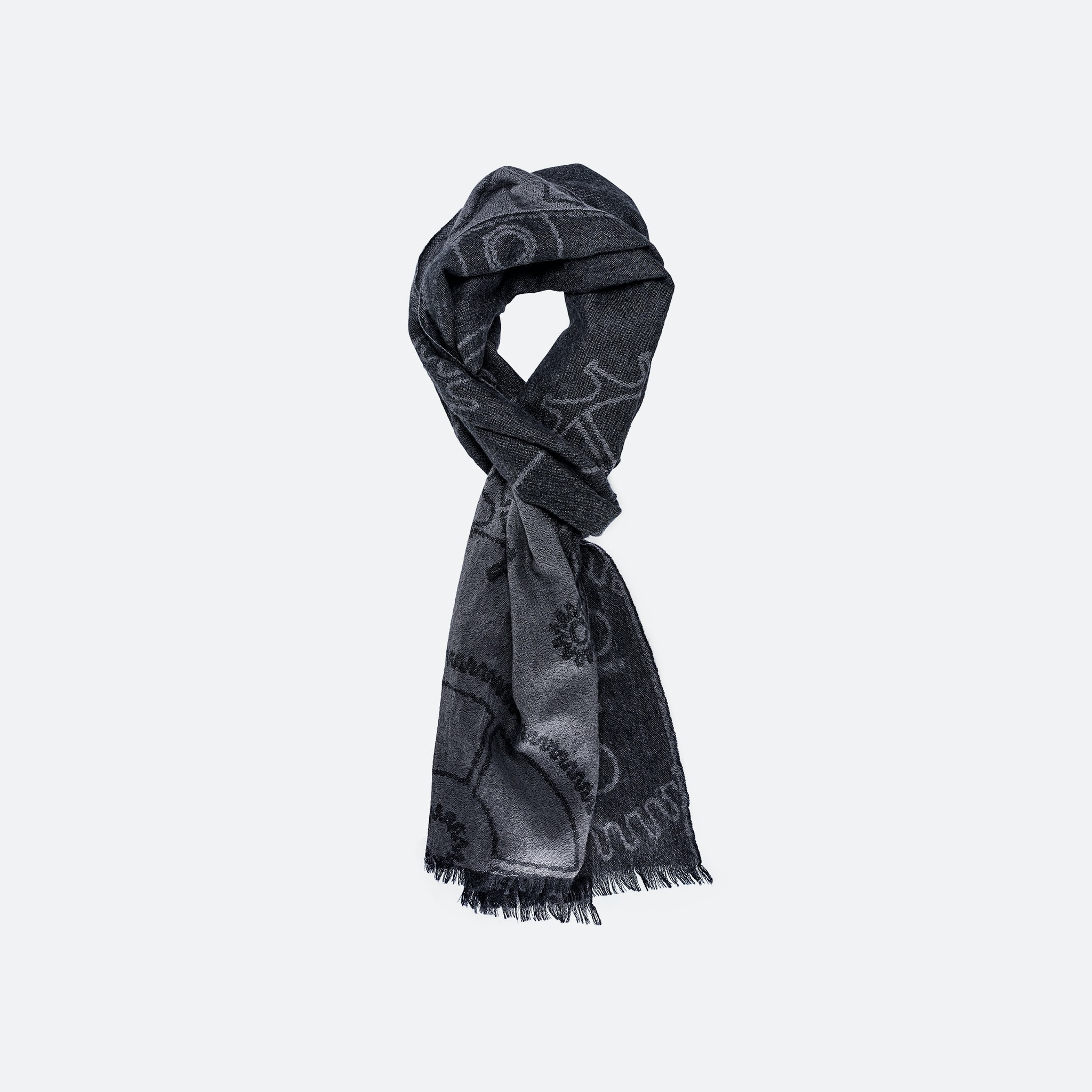 The Watch Lovers Scarf is made of 100% cashmere. In The Shop: Introducing The HODINKEE Holiday Gift Collection In The Shop: Introducing The HODINKEE Holiday Gift Collection SCARF WATCH OS 11