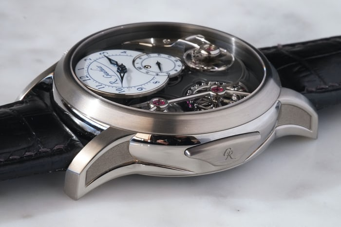 logical one romain gauthier button