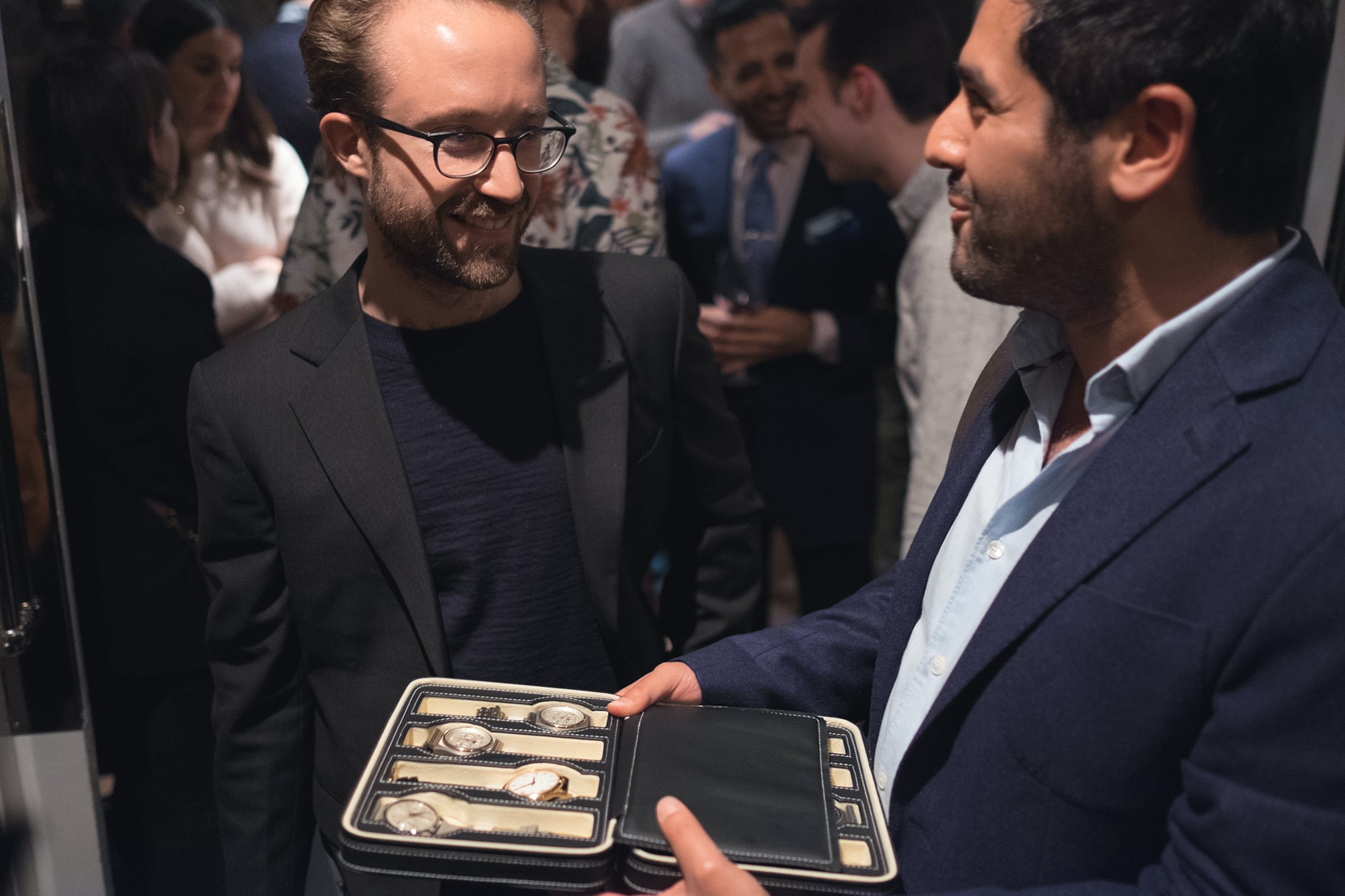 Photo Report: Watch Spotting At The HODINKEE Meet-Up In London (Plus Our Holiday 2016 Pop-Up At Harrods) Photo Report: Watch Spotting At The HODINKEE Meet-Up In London (Plus Our Holiday 2016 Pop-Up At Harrods) Hodinkee event 29 nov 2016 47