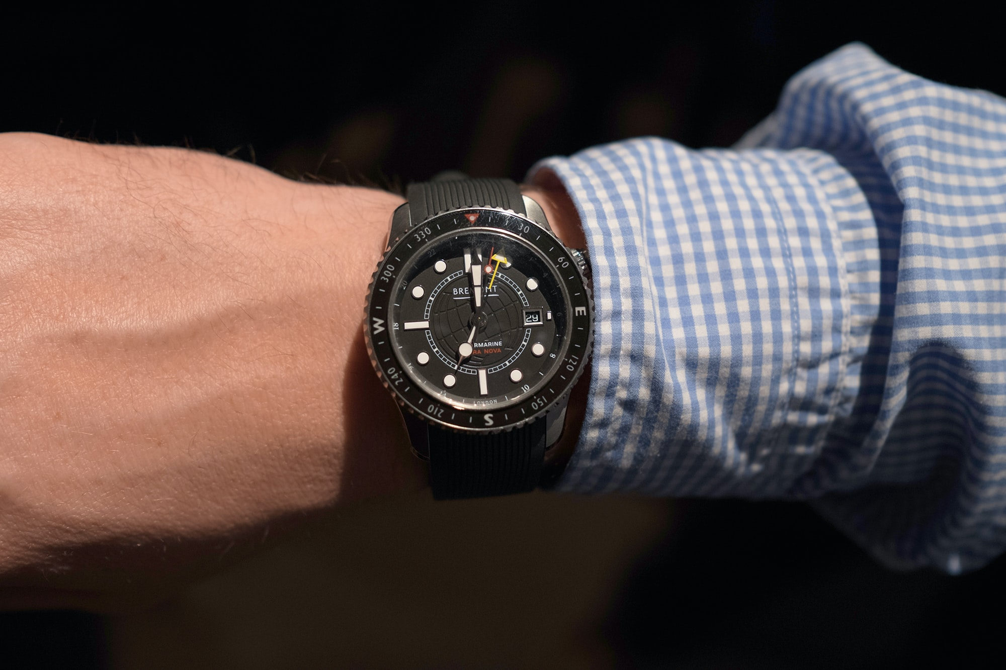 Photo Report: Watch Spotting At The HODINKEE Meet-Up In London (Plus Our Holiday 2016 Pop-Up At Harrods) Photo Report: Watch Spotting At The HODINKEE Meet-Up In London (Plus Our Holiday 2016 Pop-Up At Harrods) Hodinkee event 29 nov 2016 30