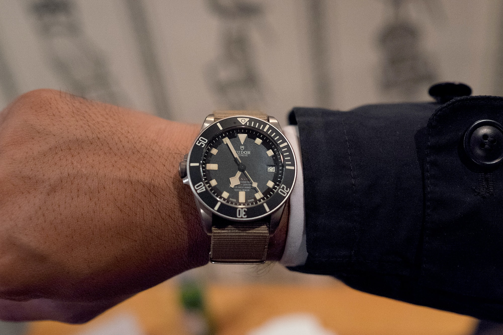Photo Report: Watch Spotting At The HODINKEE Meet-Up In London (Plus Our Holiday 2016 Pop-Up At Harrods) Photo Report: Watch Spotting At The HODINKEE Meet-Up In London (Plus Our Holiday 2016 Pop-Up At Harrods) Hodinkee event 29 nov 2016 28