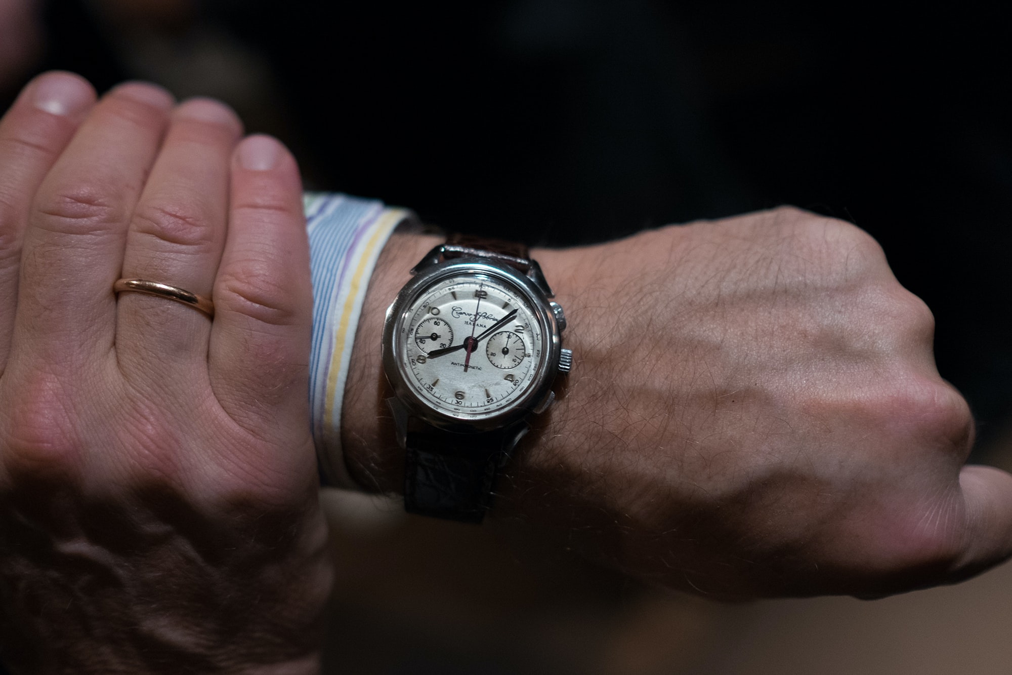 Photo Report: Watch Spotting At The HODINKEE Meet-Up In London (Plus Our Holiday 2016 Pop-Up At Harrods) Photo Report: Watch Spotting At The HODINKEE Meet-Up In London (Plus Our Holiday 2016 Pop-Up At Harrods) Hodinkee event 29 nov 2016 71