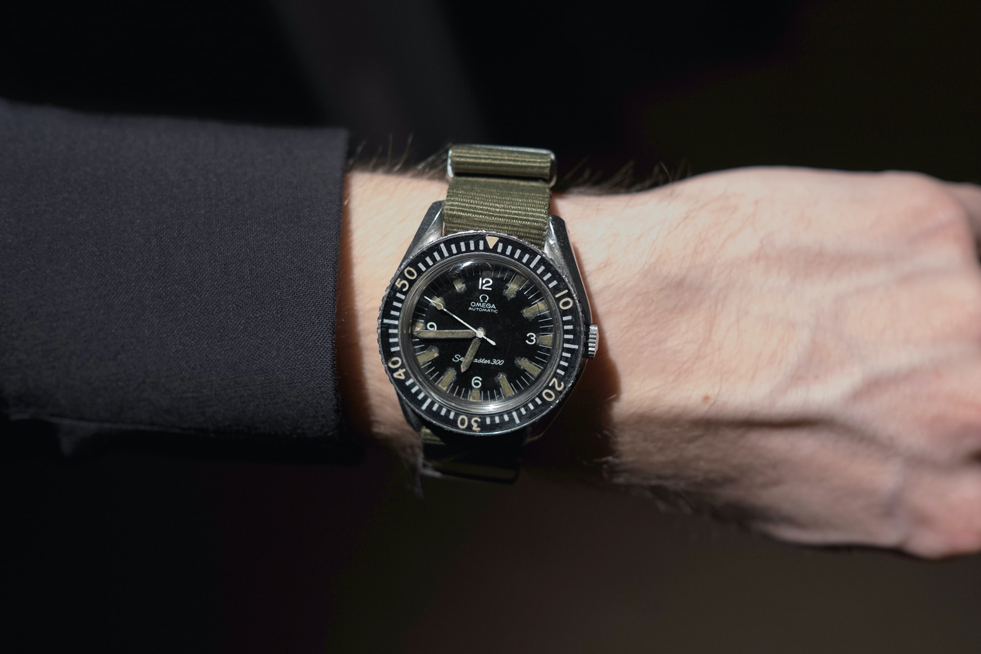 Photo Report: Watch Spotting At The HODINKEE Meet-Up In London (Plus Our Holiday 2016 Pop-Up At Harrods) Photo Report: Watch Spotting At The HODINKEE Meet-Up In London (Plus Our Holiday 2016 Pop-Up At Harrods) Hodinkee event 29 nov 2016 16
