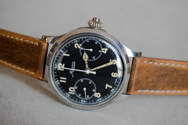 vintage NOS Minerva monopusher chronograph