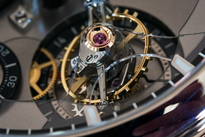 The tourbillon cage and sapphire upper bridge of the Tourbillon 24 Secondes Contemporain