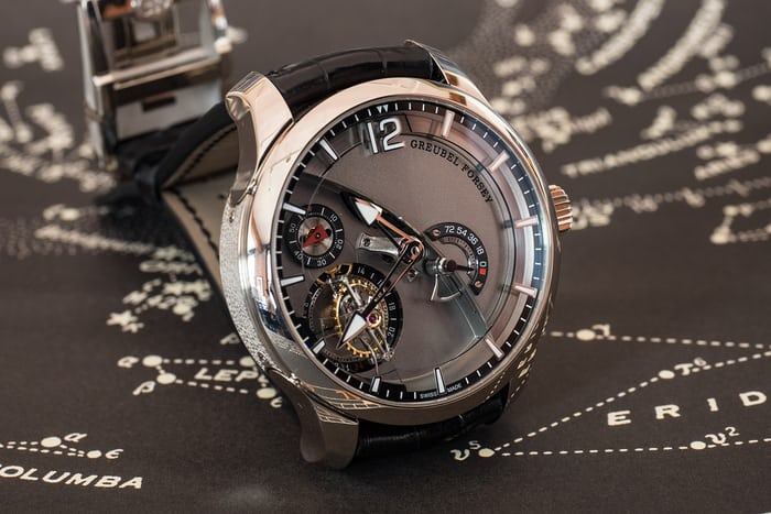Greubel Forsey 24 Secondes Contemporain oblique angle