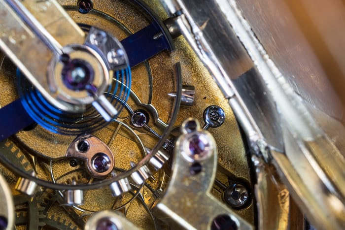 girard perregaux detent escapement and bimetallic balance