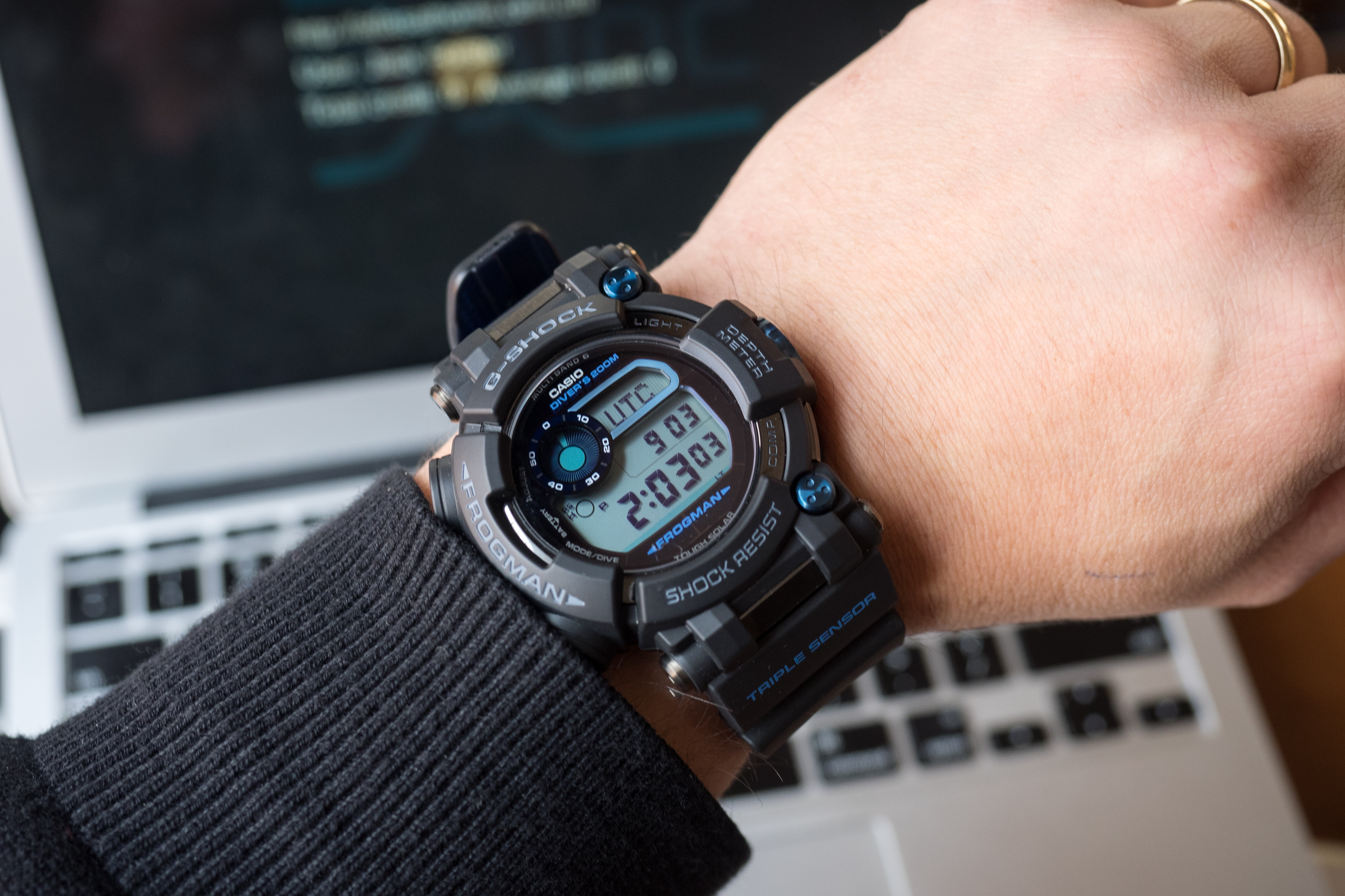 G-Shock Frogman GWF-D1000B wrist shot A Week On The Wrist: The Casio 'Master Of G' G-Shock Frogman GWF-D1000B, A Great Watch To Wear For Punching A T. Rex A Week On The Wrist: The Casio 'Master Of G' G-Shock Frogman GWF-D1000B, A Great Watch To Wear For Punching A T. Rex P1091545