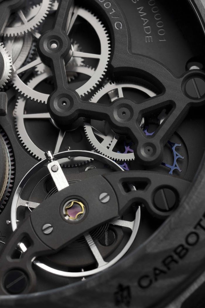 Panerai Lab-ID™ Luminor 1950 Carbotech™ 3 Days escapement closeup