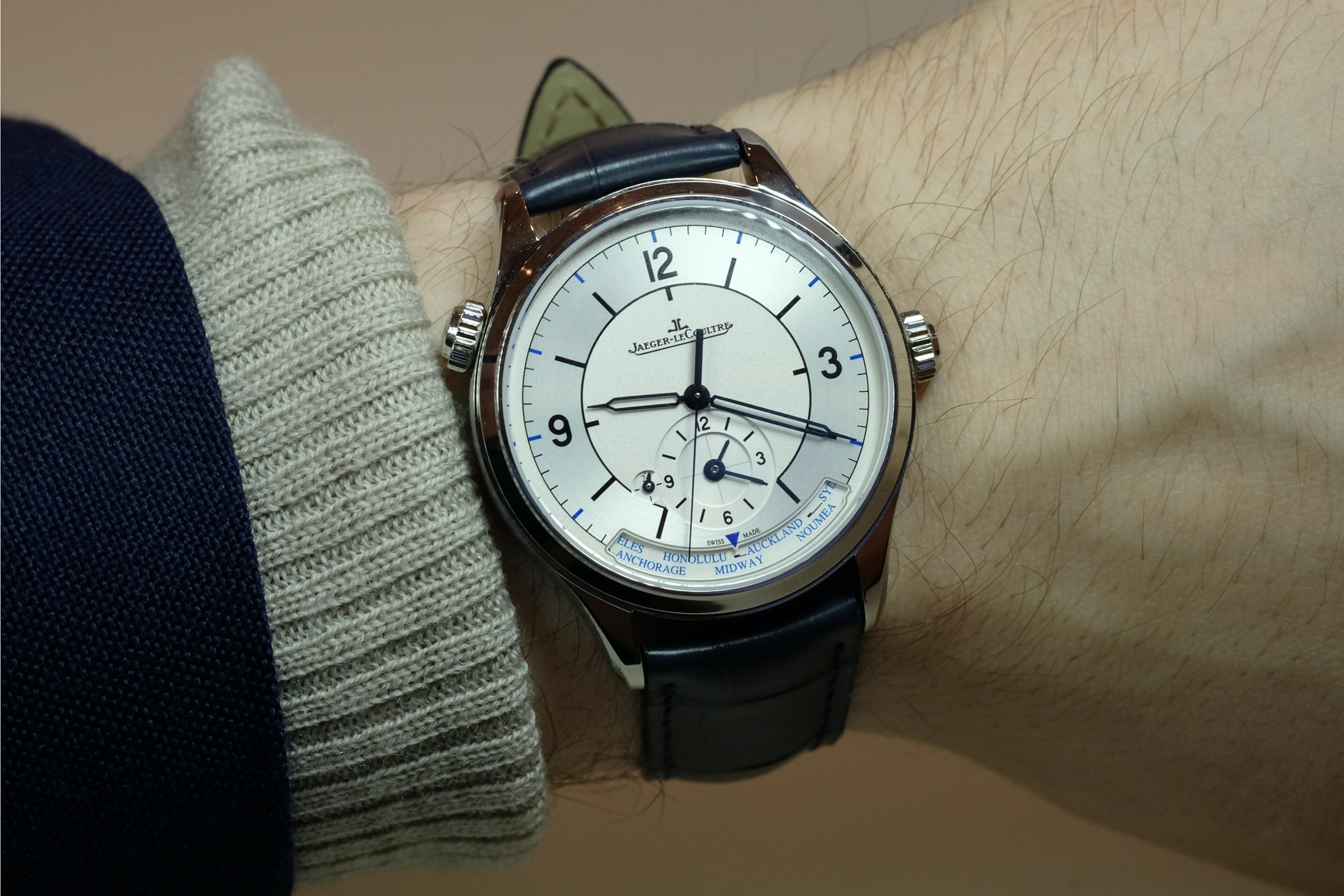 Introducing: The Jaeger-LeCoultre Master Control Collection With Sector Dials (Live Pics + Pricing) Introducing: The Jaeger-LeCoultre Master Control Collection With Sector Dials (Live Pics + Pricing) sector 06