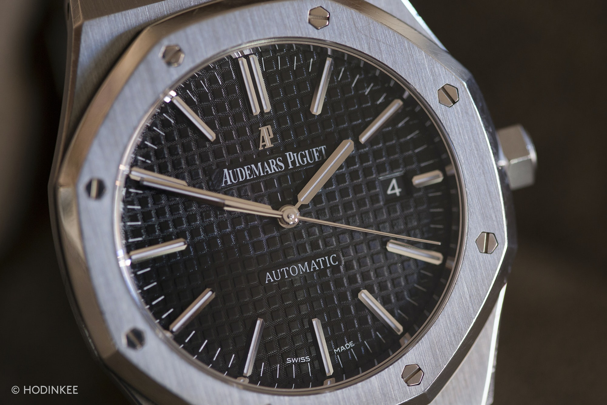 Three On Three: Comparing The Vacheron Constantin Overseas, The Piaget Polo S, And The Audemars Piguet Royal Oak 15400 Three On Three: Comparing The Vacheron Constantin Overseas, The Piaget Polo S, And The Audemars Piguet Royal Oak 15400 20015996 copy
