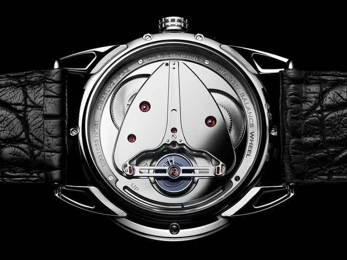 A view of De Bethune's calibre DB2105v2.