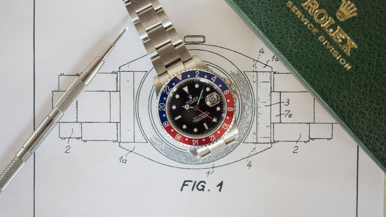 fb46ceee3cd Historical Perspectives  The Fascinating (And Totally Geeky) Story Of The  Rolex Oyster Bracelet - HODINKEE