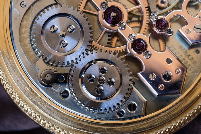Girard-Perregaux Pocket Chronometer crown and ratchet wheels
