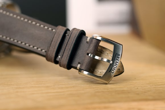 bremont leather strap pin buckle airco