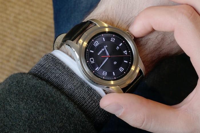 Montblanc Summit smartwatch wristshot