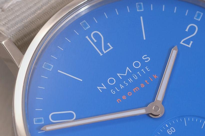 signal blue neomatik ahoi nomos dial