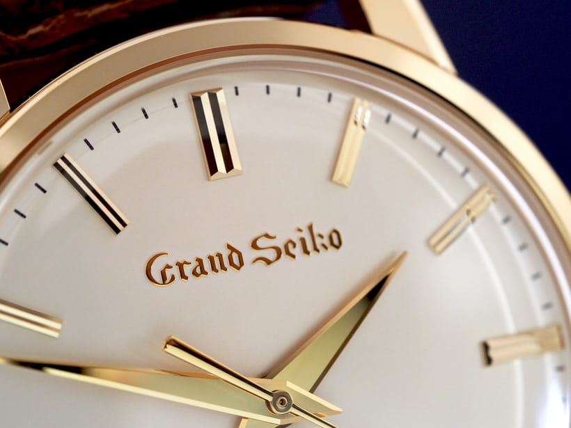Grand Seiko SBGW252 dial closeup