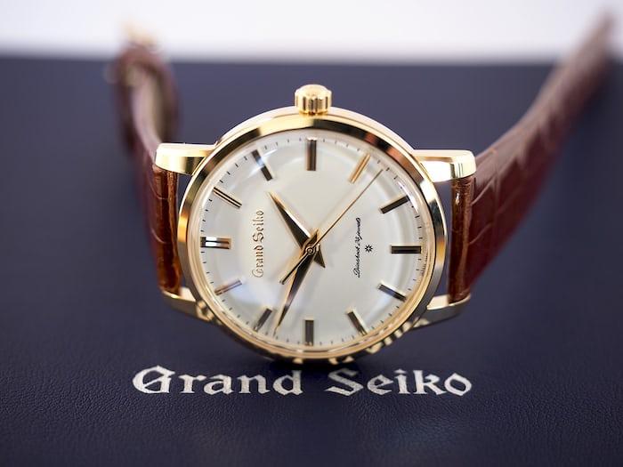 Grand Seiko SBGW252 dial view