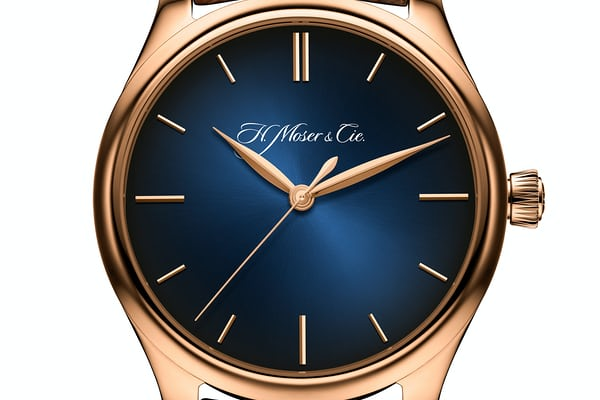 H. Moser Endeavour Centre Seconds red gold midnight blue