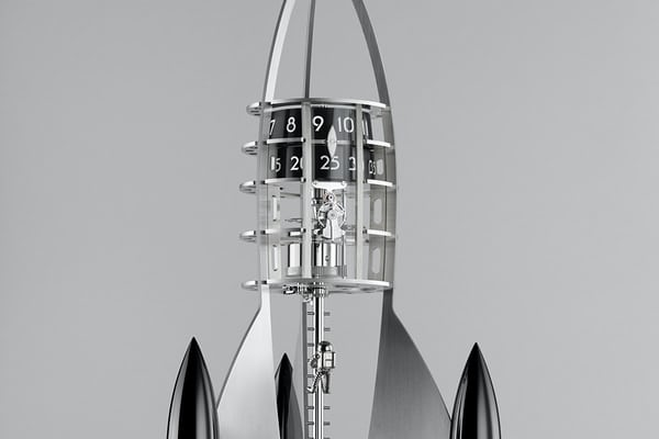 mb&f destination moon black