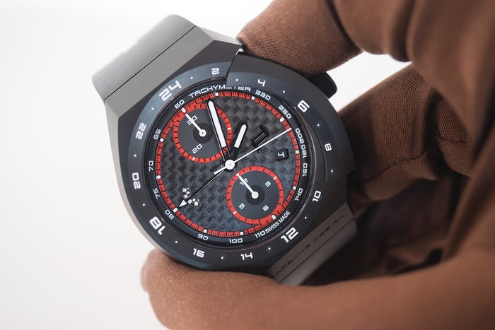 Porsche Design Monobloc Actuator GMT Chronograph pusher operation