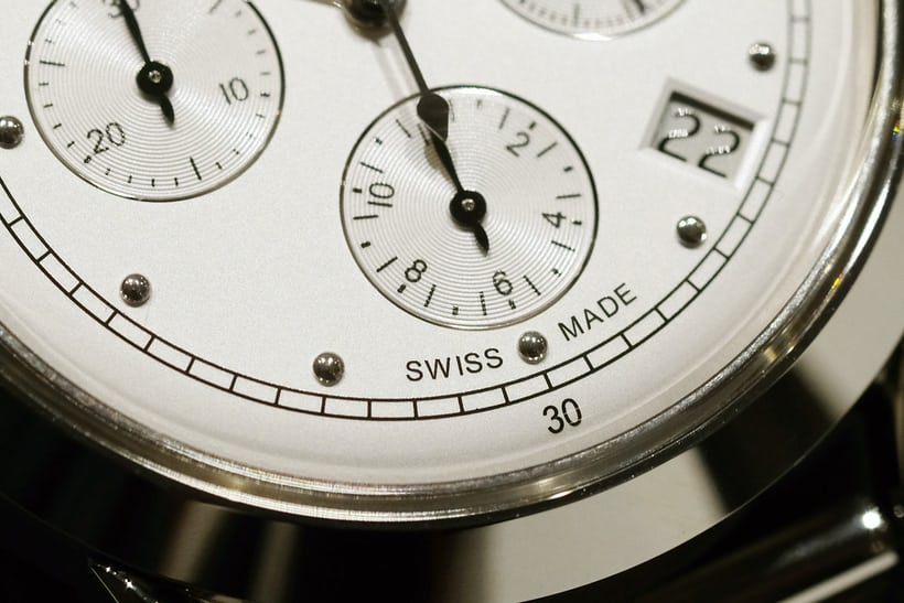tissot heritage 1948 chronograph dial markers