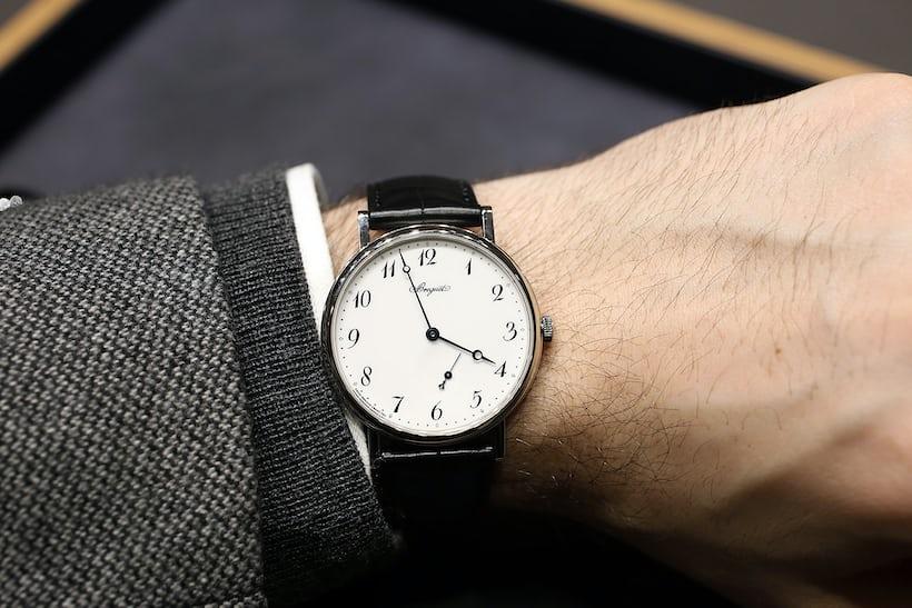 Breguet Classique 7147 wrist shot