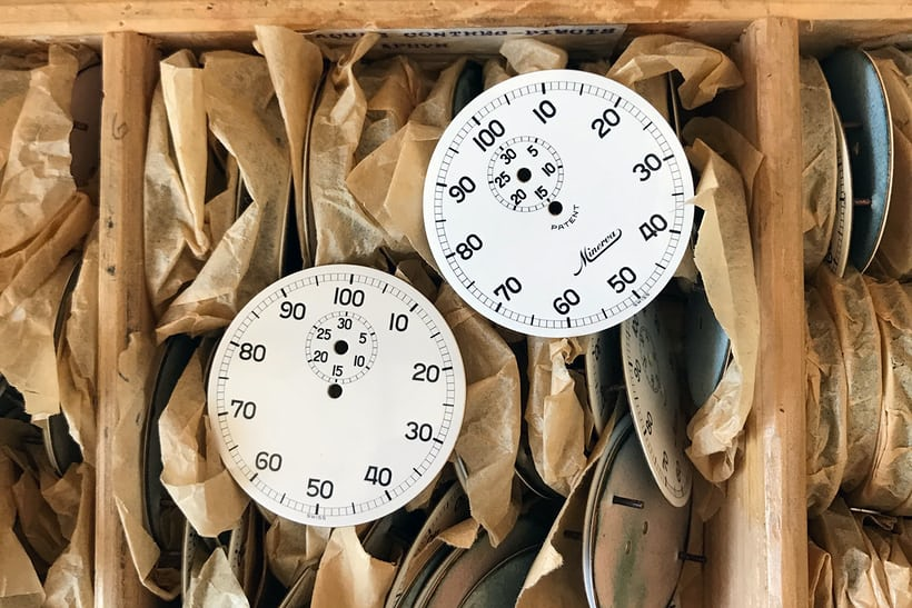 watchmaking history minerva dials