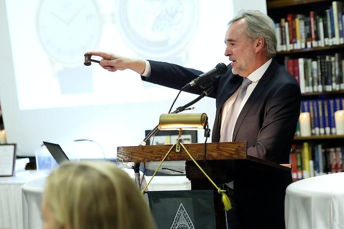 Nicholas Dawes calling HSNY's 2017 Charity Auction