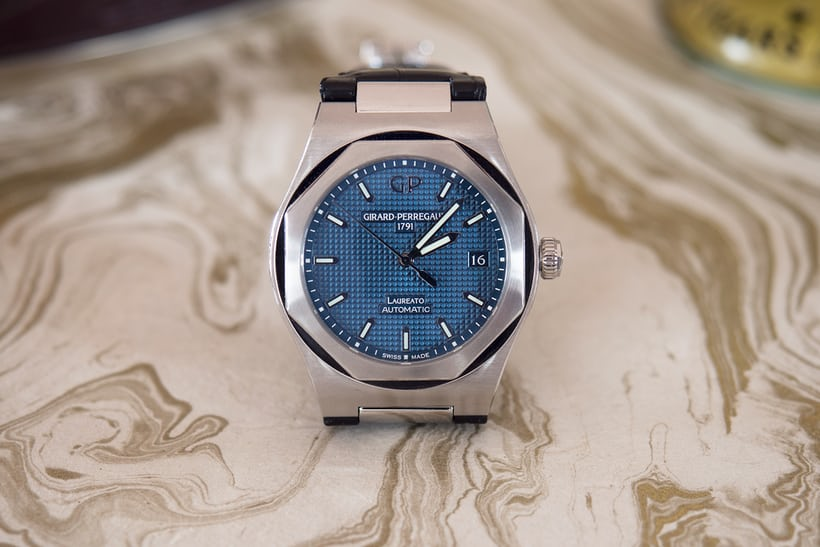 Girard-Perregaux 38mm Laureato steel blue dial
