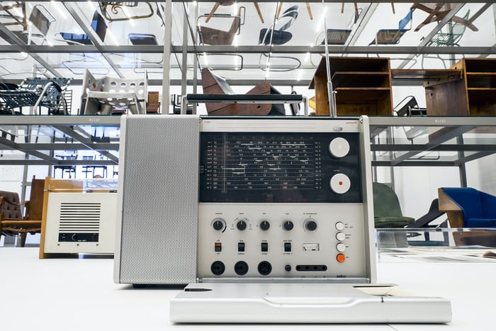vitra design museum braun radio