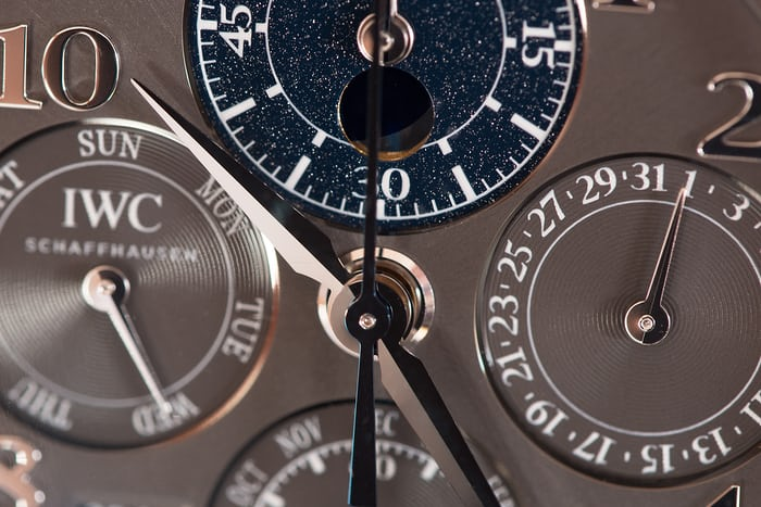 Da Vinci Perpetual Calendar Chronograph hands