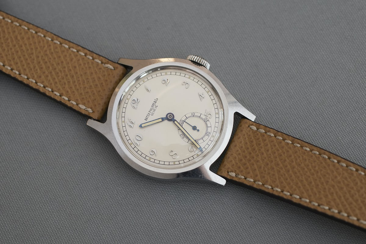 f3f6a5dc7ab3 Patek Philippe launched the ref. 565 and Ref. 570 simultaneously in 1938