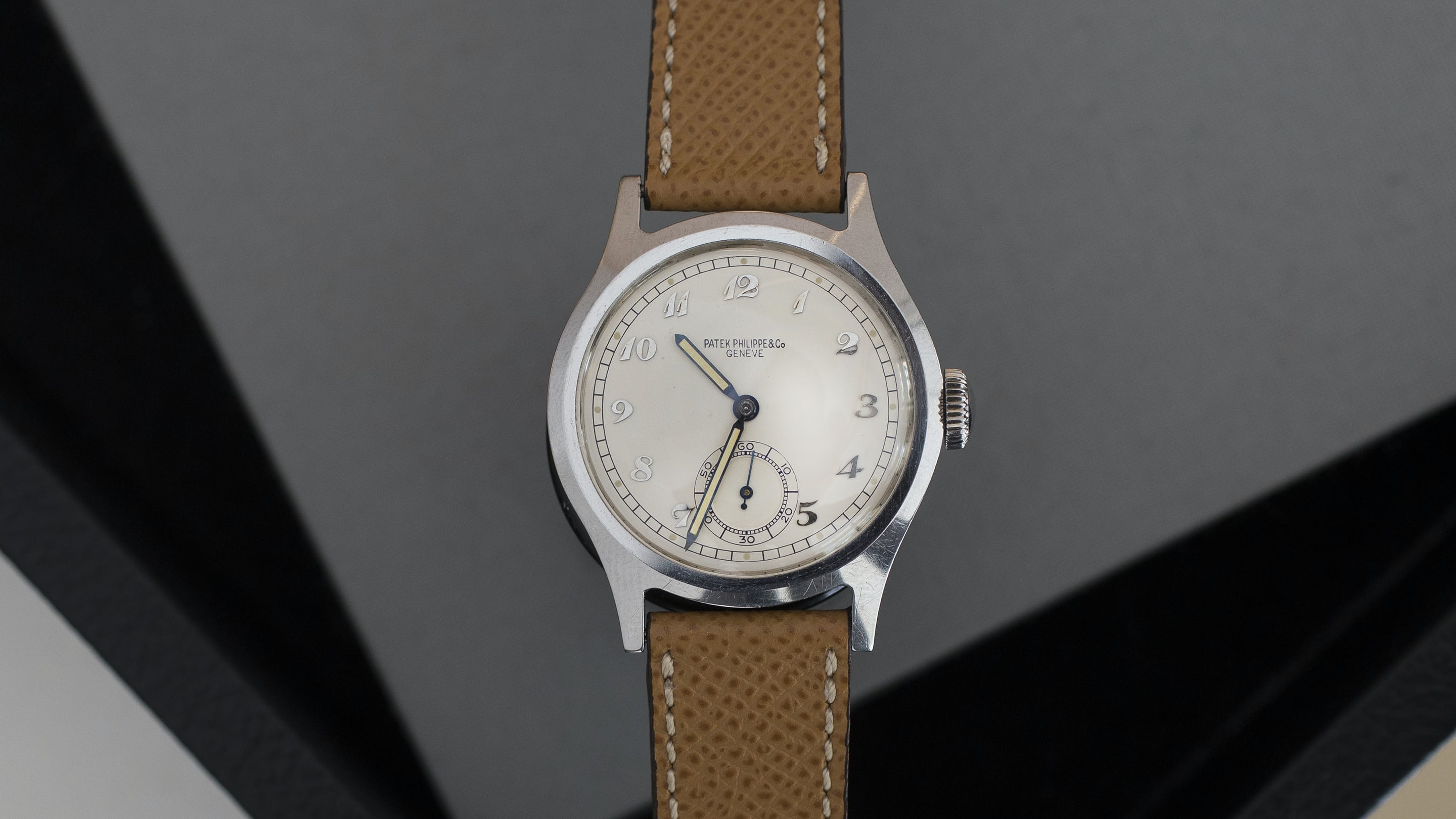 9a8e6d464eaf Auction Report  The Patek Philippe Ref. 565 With Breguet Dial For Sale At  Phillips - HODINKEE