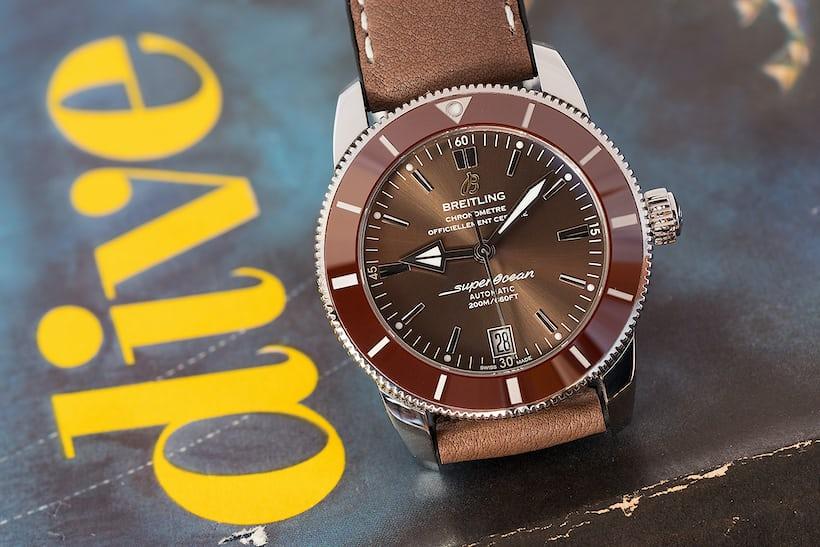 Breitling Superocean Héritage II dial and bezel