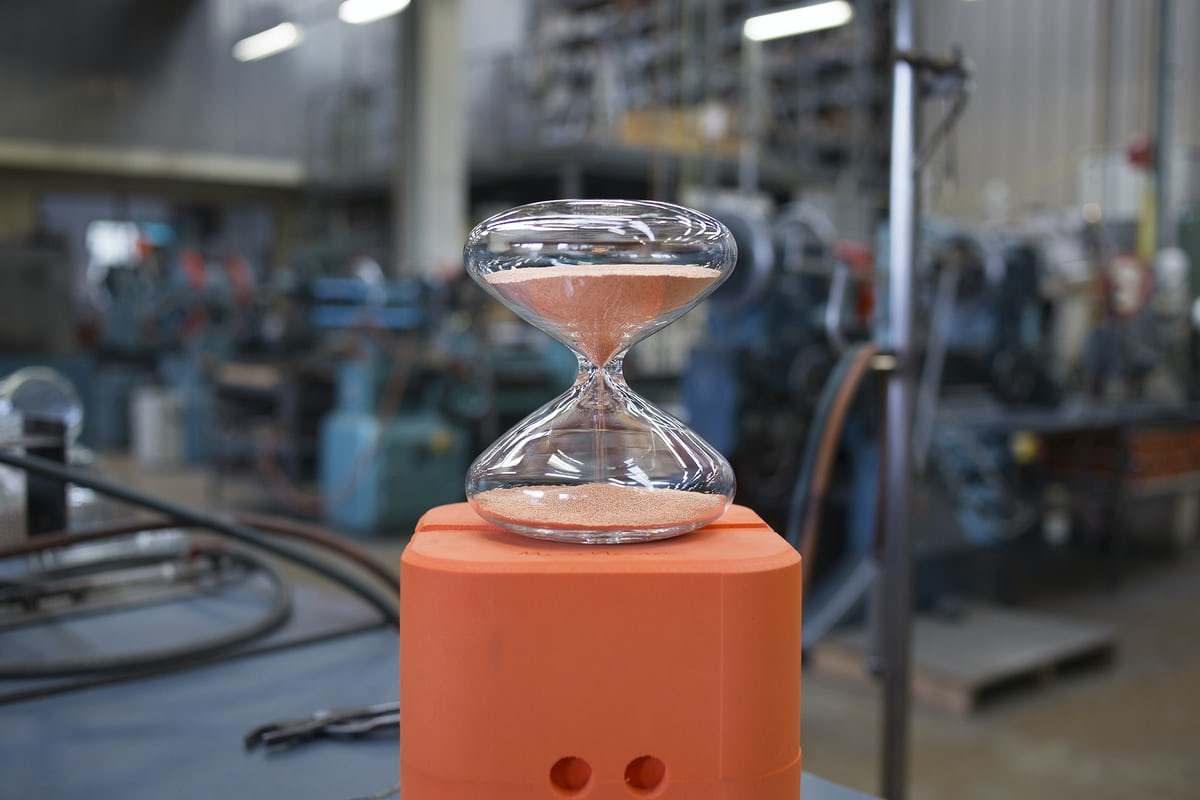 hourglass marc newson hodinkee factory