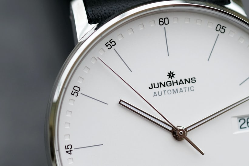 junghans form a dial