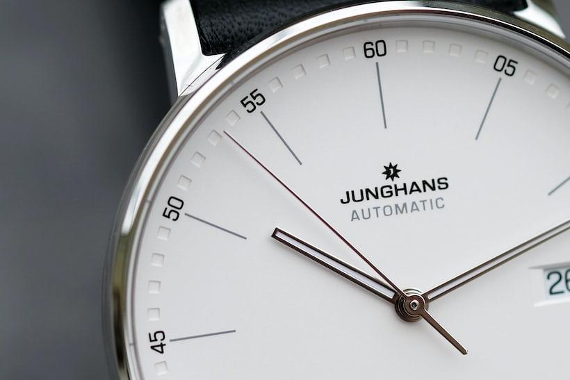 junghans form a dial