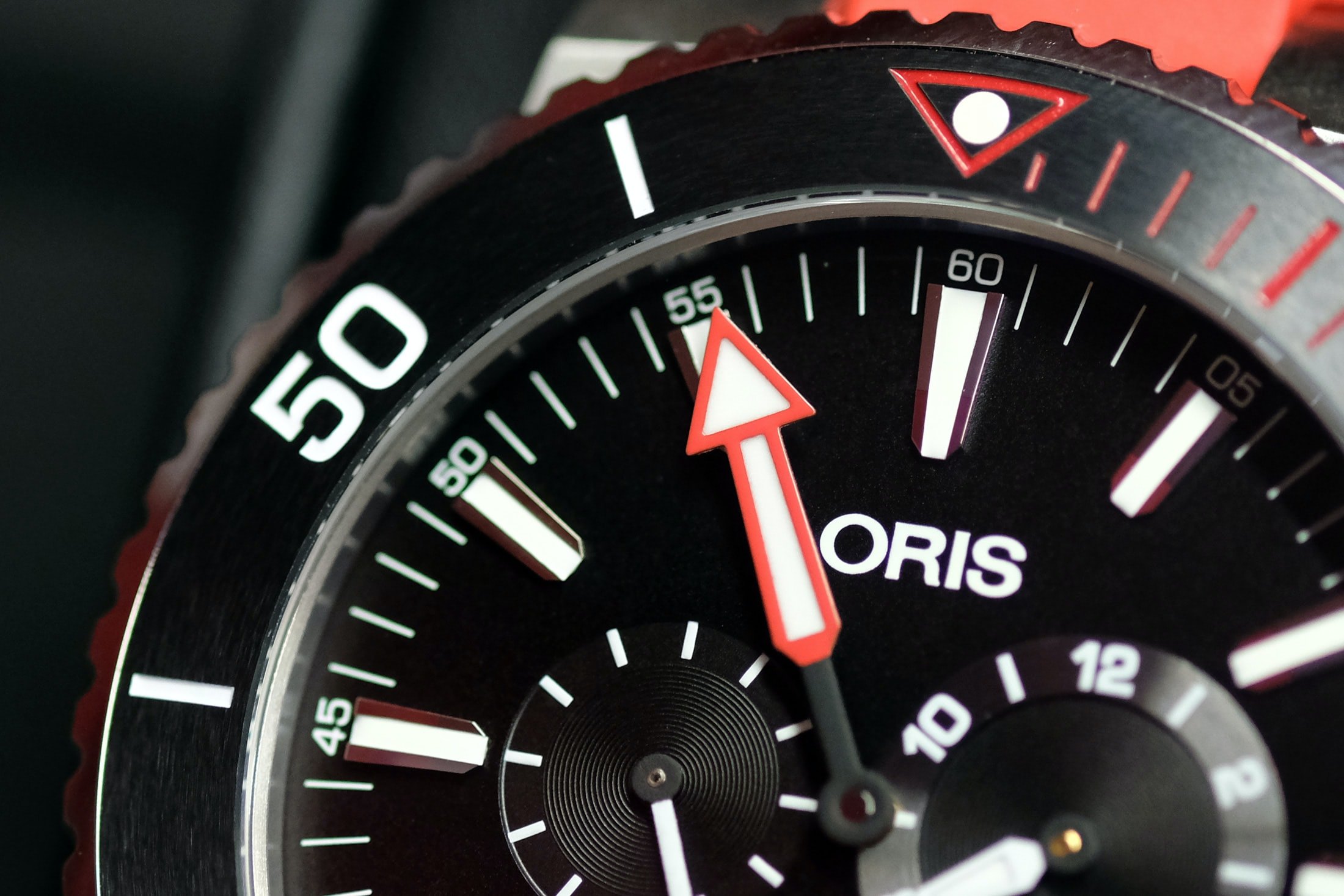 Regulateur Der Meistertaucher oris hand Hands-On: Oris Regulateur 'Der Meistertaucher' Hands-On: Oris Regulateur 'Der Meistertaucher' regulator 03