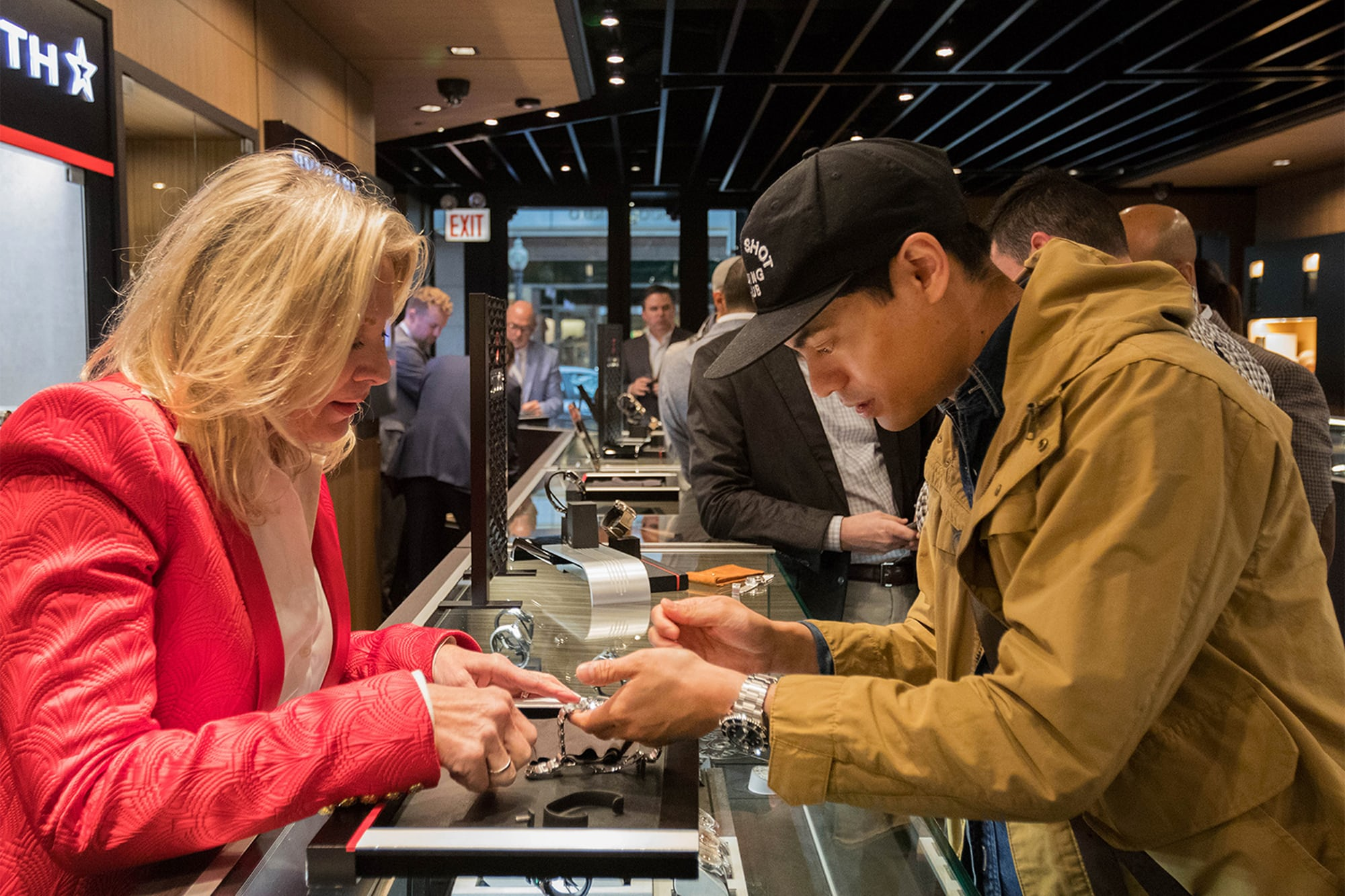 Photo Report: The Tudor Baselworld Novelties At Swiss Fine Timing In Chicago Photo Report: The Tudor Baselworld Novelties At Swiss Fine Timing In Chicago  InteractingwithWatches People only 3 copy