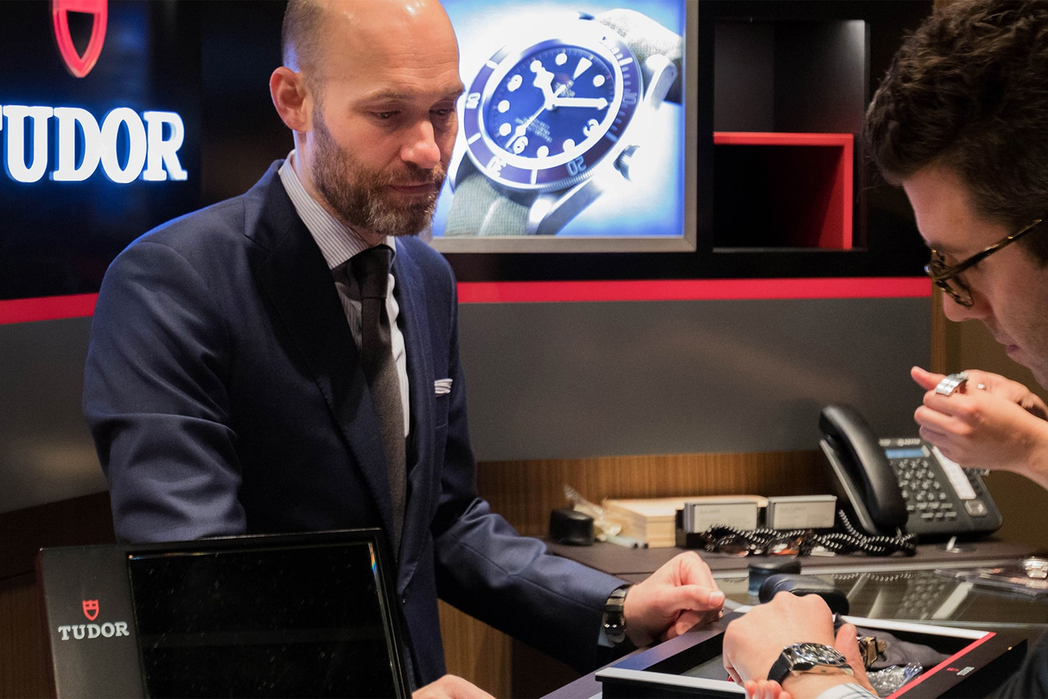 Photo Report: The Tudor Baselworld Novelties At Swiss Fine Timing In Chicago Photo Report: The Tudor Baselworld Novelties At Swiss Fine Timing In Chicago  InteractingwithWatches People only 19 copy