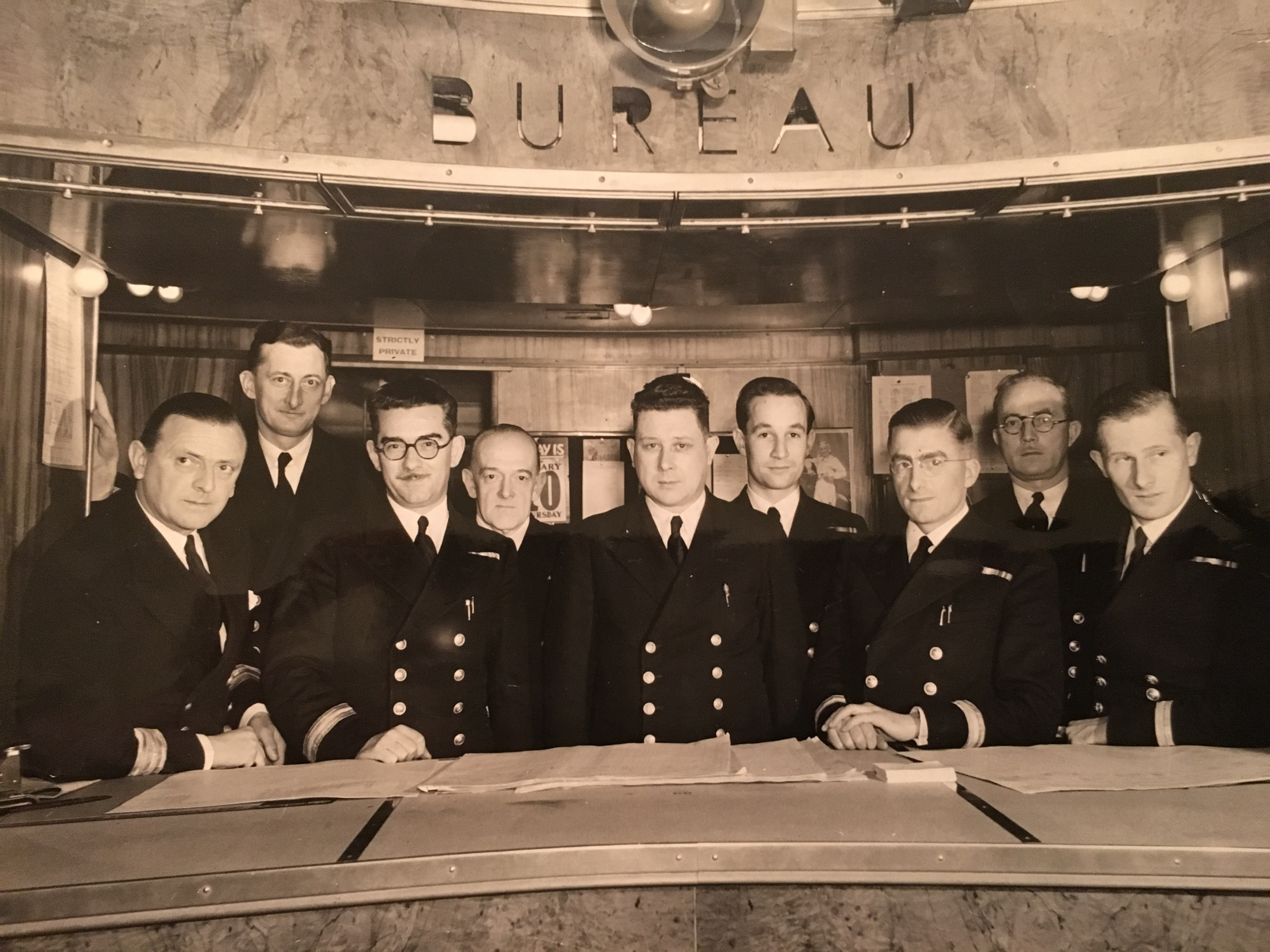 ray mellor merchant marine Historical Perspectives: CWC: The Watch That Replaced The MilSub Historical Perspectives: CWC: The Watch That Replaced The MilSub Mellor 4thfromright