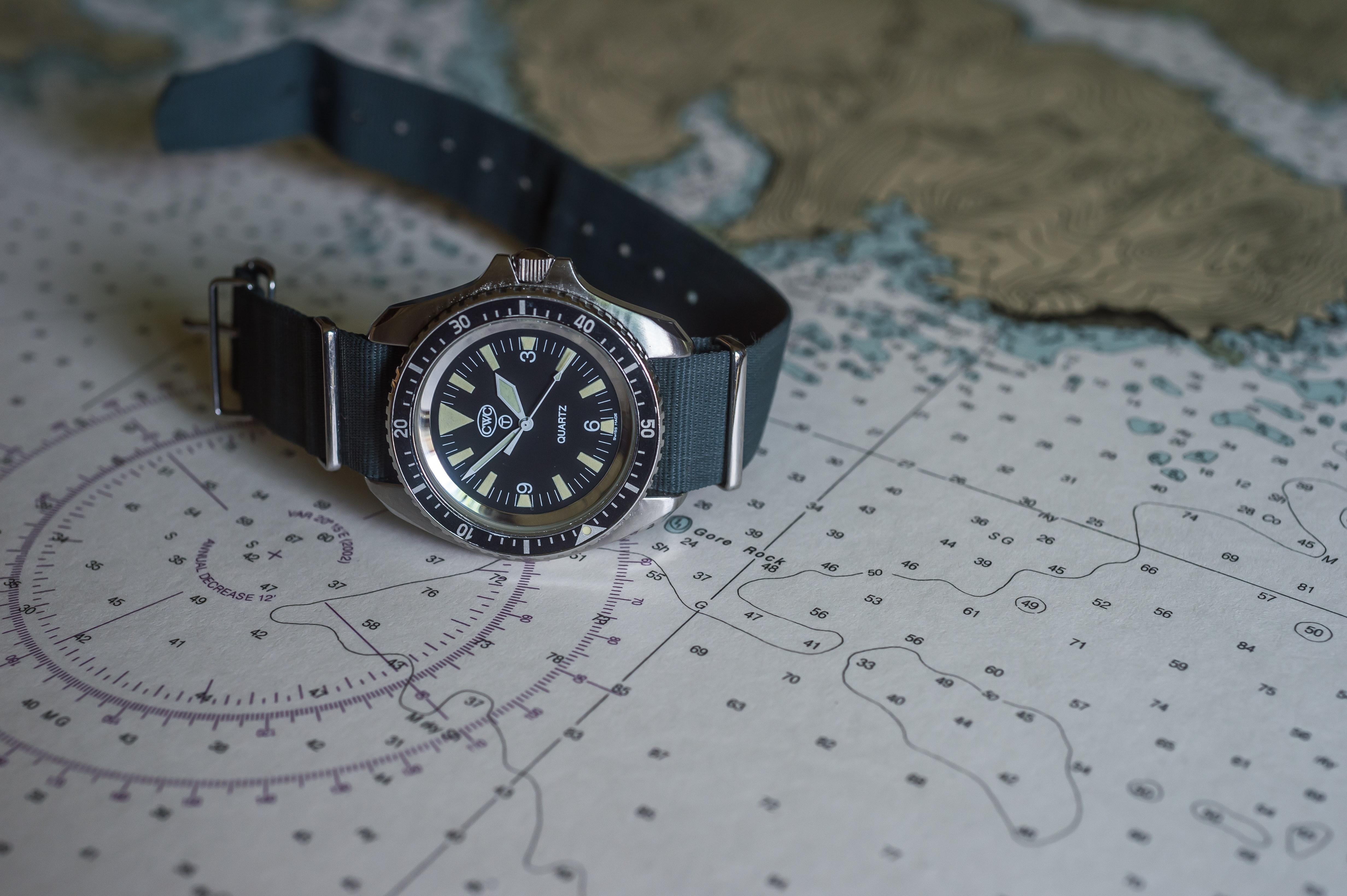 quartz cwc dive watch