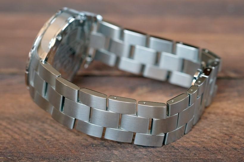 baume and mercier clifton club bracelet