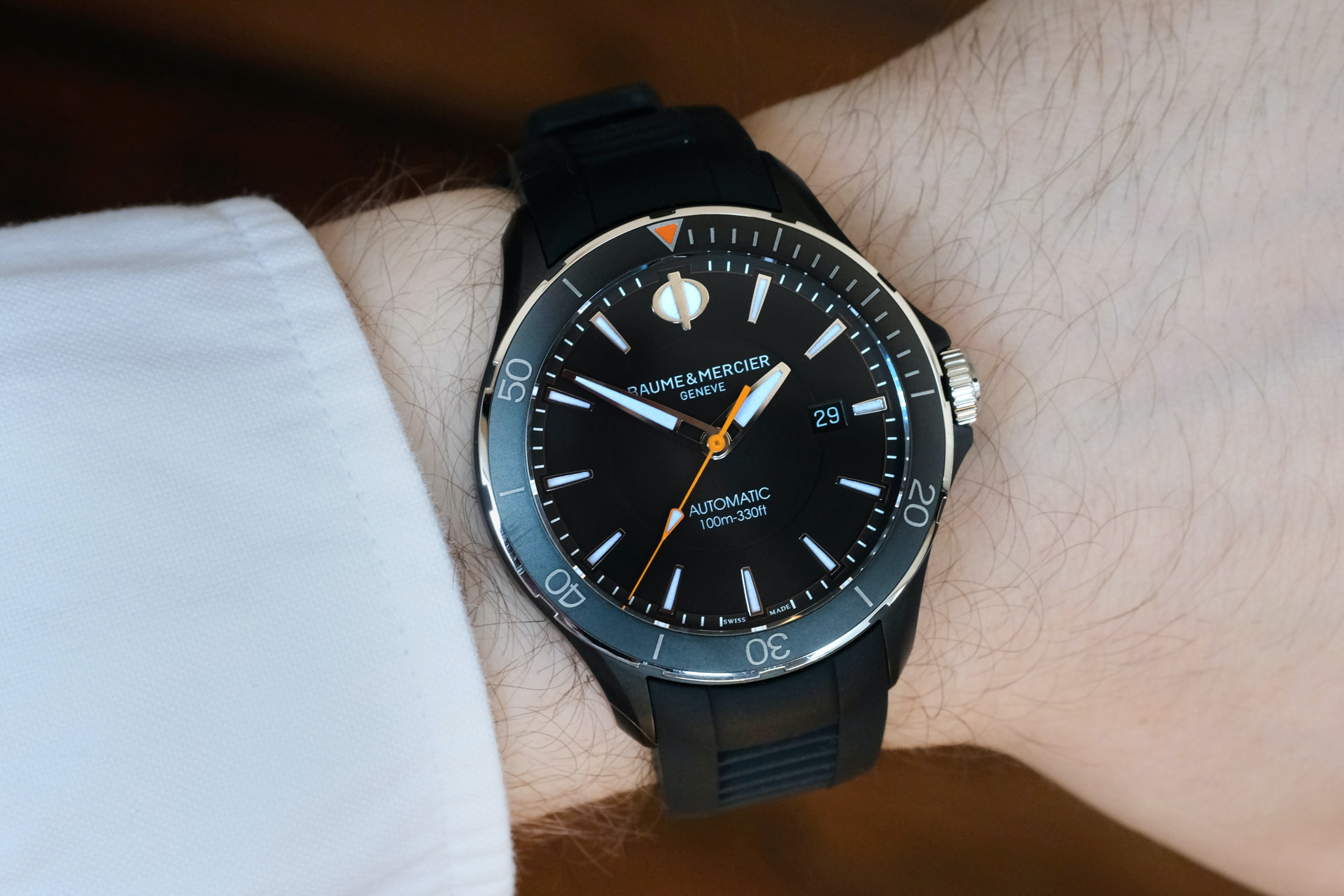 baume and mercier clifton club all black Hands-On: The Baume & Mercier Clifton Club Hands-On: The Baume & Mercier Clifton Club club 04